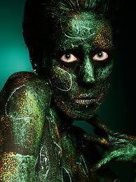 photoshop filters Photoshop Filters, Body Art, Halloween Face Makeup, Statue, Portrait, Green, Masks, Fictional Characters, 3d