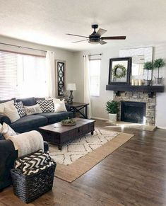 55 Incredible Farmhouse Living Room Sofa Design Ideas And Decor. If you are looking for 55 Incredible Farmhouse Living Room Sofa Design Ideas And Decor, You come to the right […]. Cozy Living Rooms, Apartment Living, Interior Design Living Room, Home And Living, Rustic Apartment, Diy Interior, Interior Rugs, Cozy Apartment, Living Room Ideas Easy