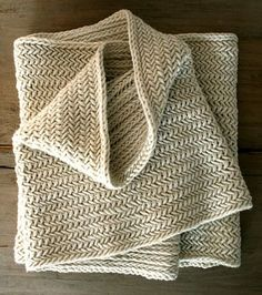Big Herringbone Cowl - the purl bee Crochet Blanket apron wrap! Blanket The Purl Bee Purl Bee, Knitting Stitches, Free Knitting, Knitting Patterns, Crochet Patterns, Infinity Scarf Knitting Pattern, Purl Soho, How To Purl Knit, Knitting Projects