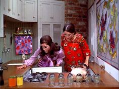 Inside Mary Richard's kitchen on the set of The Mary Tyler Moore show ...