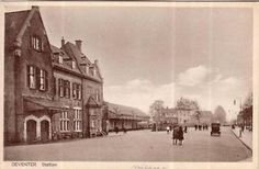 Deventer    -    Station en VVV kantoor