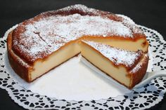 Der Marzipan-Käsekuchen ist bestimmt ein Kuchen, ganz nach eurem Geschmack.
