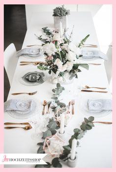 Bridal-Boudoirshooting im modernen Stil! Bridal Flowers , Bridal-Boudoirshooting im modernen Stil! Bridal-Boudoirshooting im modernen Stil! Wedding Table, Diy Wedding, Wedding Favors, Wedding Ceremony, Wedding Decorations, Table Decorations, Wedding Ideas, Wedding Boudoir, Diy Décoration