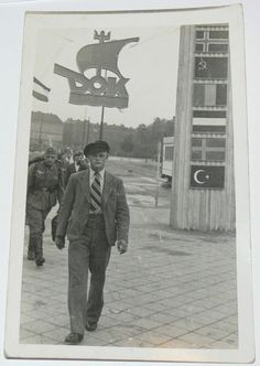 am eingang des hauptbahnhof ak Königsberg Kaliningrad DOK Deutsche Ostmesse Königsberg um 1935/40 Wehrmacht ( 121592260098