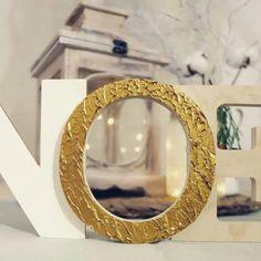 Diy: scritta natalizia decorativa Mirror, Home Decor, Decoration Home, Room Decor, Mirrors, Home Interior Design, Home Decoration, Interior Design