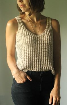Ravelry: Daydreamer Tank pattern by Kay Krochets Crochet Shirt, Knit Crochet, Crochet Tank Tops, Crochet Patterns For Beginners, Knitting Patterns, Vogue Knitting, Top Pattern, Crochet Clothes, Crochet Stitches