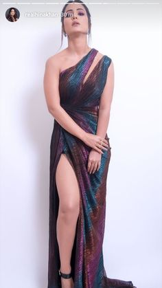 Bollywood Actress Hot, Beautiful Bollywood Actress, Most Beautiful Indian Actress, Frocks And Gowns, Nikesha Patel, Prity Girl, Wat Pho, Saree Models, Stylish Girl Pic