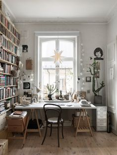 Office Room Interior Home - Office Home Office Inspiration, Decoration Inspiration, Workspace Inspiration, Decor Ideas, Home Office Design, Home Office Decor, House Design, Design Design, Nordic Design