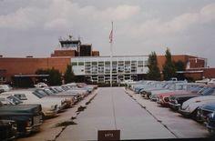 Old Charlotte Airport terminal - circa 1972 North Carolina Usa, Charlotte North Carolina, Charlotte Nc, My Town, Vacation Destinations, Past, Street View, Memories, Airports