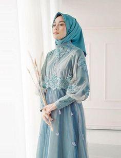 Hijab Dress Party, Hijab Style Dress, Hijab Evening Dress, Dress Outfits, Dress Brokat Muslim, Dress Pesta, Muslim Dress, Batik Fashion, Abaya Fashion