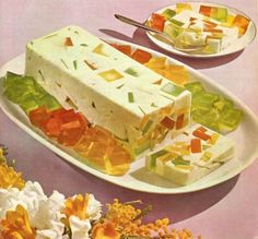 Curly Wurly: Meals In Minutes Jello Desserts, Jello Recipes, Vintage Cooking, Vintage Food, Retro Vintage, Amazing Food Photography, Gross Food, Lemon Jello, Vintage Recipes