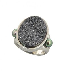 We LOVE DRUZY! Look at this Sterling Silver 4.5-5mm Black Button Freshwater Cultured Pearl with Black Agate Druzy Ring! See our ENTIRE HONORA collection in stores today!   www.hurstdiamonds.com