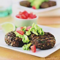Southwestern Black Bean Cakes with Guacamole- a twist on regular black bean burgers