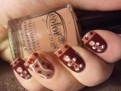 Winter Nail Designs For more Images visit http://naildesignsidea.net/winter-nail-designs/