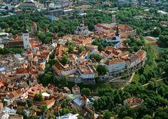 BUDGET. Tallinn, Old Towns