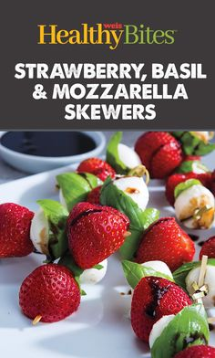 Enjoy the flavors of the season with these easy skewers which are perfect as appetizers or a snack! Find the recipe on our website or app. Easy Snacks, Healthy Snacks, Nutritional Value, Skewers, Mozzarella, Basil, Strawberry, Appetizers, Website