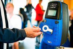 För att Västtrafik skall kunna införa ett nytt betalsystem måste de blå och gula kortläsarna skrotas. Nya kortläsare kostar 77 miljoner kronor. Regionfullmäktige i Västra Götaland beslöt i februari...
