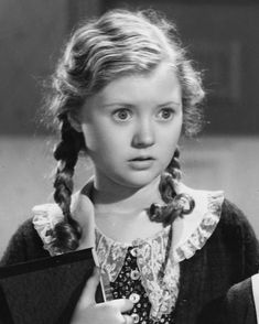 Marcia Mae Jones - Found a Grave Child Actresses, Child Actors, Old Hollywood Movies, Classic Hollywood, George Burns, Night Nurse, Vintage Advertising Posters, Star Children, Barbra Streisand