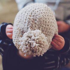 Ravelry: Beloved Aran pattern by Solenn Couix-Loarer Crochet Needles, Knit Crochet, Crochet Hats, Knitting Projects, Crochet Projects, Knitting Patterns, Double Knitting, Baby Knitting, Spinning Wool