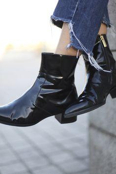 Bartabac // Black Boots