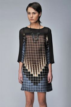 Love the geometric print!