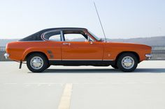 Ford Capri 1600 XL Serie 1 - - Orange with vinyl hardtop. A true beauty, wonderful retro style color combination. Ford Sierra, Ford Capri, Ford Escort, Car Ford, Mk1, Ford Focus, Retro, Muscle Cars, Cool Cars