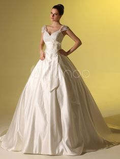 Sweetheart A-line Off-The-Shoulder Court Train Ivory Wedding Gown - Milanoo.com
