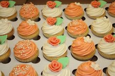 Coral Cupcakes....without the mint green leaves