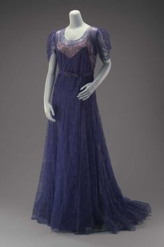 1940, France - Evening dress by House of Paquin - Silk lace, horsehair, silk stain tape, and metal closures