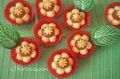 Resepi Biskut Tart Nenas Bunga - step by step Apple Cookies, Nutella Cookies, Cute Cookies, Biscuit Cookies, Biscuit Recipe, Watermelon Dessert, Chinese New Year Cookies, Banana Bundt, Resep Cake