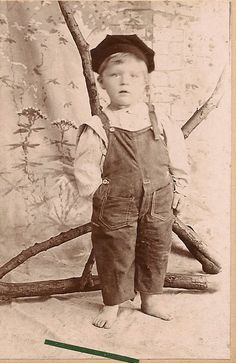 How Alfred Traugott Thoms became Fred Prinzing:  the story of my maternal great great grandfather.  #chasinghannah #genealogy #familyhistory