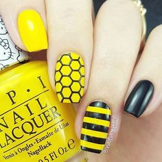 Honeycomb stencils for nails, nail stickers, nail art, nail vinyls Gorgeous Nails, Pretty Nails, Harry Potter Nails Designs, Bumble Bee Nails, Yellow Nail Art, Yellow Nails Design, Nail Stencils, Dry Nails, Pin On