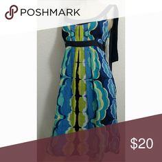 Size 8 Donna Morgan dress Very comfortable spring dress. Donna Morgan Dresses