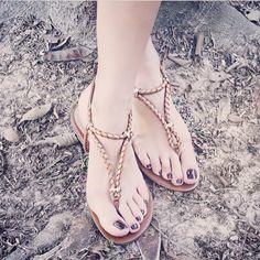 a8a13da60 8 melhores imagens da pasta sapatos em 2018   Zapatos, Brasil e Compras