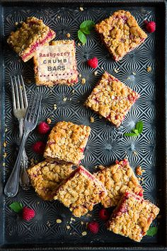 1 cup all-purpose flour 1/4 tsp baking soda 1/4 tsp salt 1 cup rolled oats (old fashioned) 1/2 cup packed light-brown sugar 1/2 cup unsalted butter, softened 3/4 cup raspberry jam, seedless if preferred