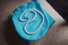 Tiffany pearls    Lisa Devlin  http://devlinphotos.co.uk