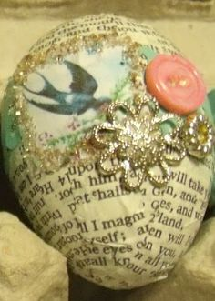 Decorative Decoupaged Easter eggs... (could probably just use plastic eggs for this instead of blown-out)