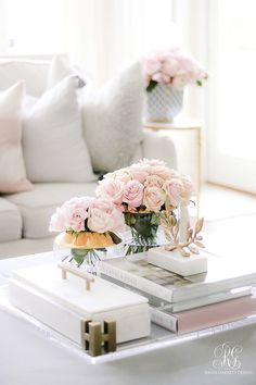 Spring Home Tour + Styling Tips you will Love - Randi Garrett Design - pink roses – glam spring decor accessories The Effective Pictures We Offer You About indian home - Elegant Home Decor, Elegant Homes, Cheap Home Decor, Table Decor Living Room, Bedroom Decor, Living Rooms, Living Spaces, Home Decor Accessories, Decorative Accessories