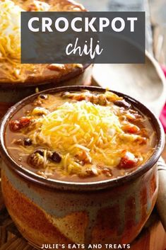 Apr 2020 - Crockpot Chili is a delicious chili recipe that only requires two steps. The recipe makes a big batch of chili, so it's perfect for entertaining, tailgating or freezing the leftovers for quick and easy meals! Chili Recipes, Slow Cooker Recipes, Soup Recipes, Cooking Recipes, Healthy Recipes, Healthy Food, Turkey Recipes, Cooking Ideas
