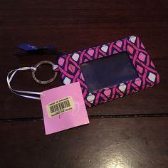 NWT! Zip ID Case in Katalina Pink Diamonds! Brand new with tags! Vera Bradley Zip ID in Katalina Pink Diamonds. Breast cancer print!! Vera Bradley Accessories Key & Card Holders