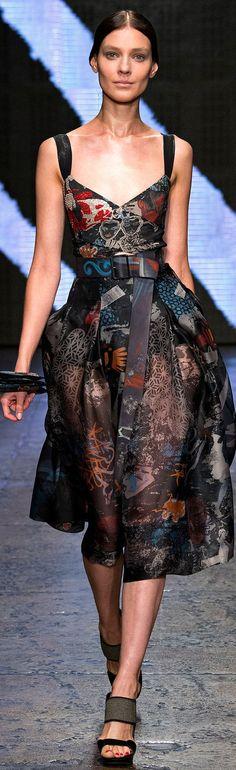 Spring 2015 Ready-to-Wear Donna Karan