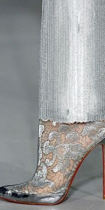 Wow stunning silver metallic shoes and silver pants~