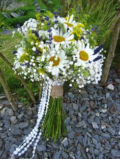 Daisies and gyp hand tied wedding brides bouquet Bridesmaid Flowers, Bride Bouquets, Wedding Flowers, Wedding Ties, Wedding Bride, Wedding Ceremony, Devon And Cornwall, Team Bride, Felt Flowers