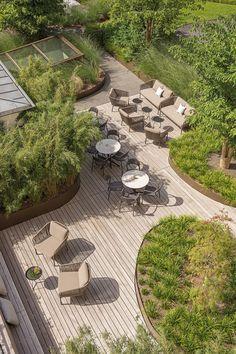 Terrace Design, Garden Landscape Design, Urban Landscape, Casa Patio, Hotel Restaurant, Garden Architecture, Rooftop Garden, Outdoor Landscaping, Garden Projects