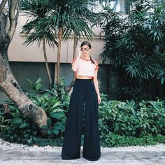 """Anne Curtis-Smith on Instagram: """"Today's #ANNEsemble #AnneCStyle for Showtime. Top: #DIY cropped top from @plainsandprints ✂ Pants: Zara Palazzo pants Sunglasses: @sundaysomewhere_ph @eyedeologyinc"""""""