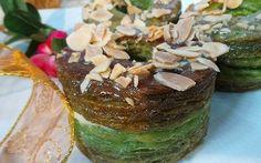 Resep Kue: Green Tea Cronut Cronut, Pudding, Tea, Green, Desserts, Food, Tailgate Desserts, Deserts, Custard Pudding