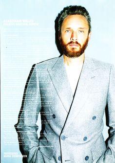 Alasdhair Willis, Hunter Creative Director wears Sunspel in the Autumn Winter issue of  10men