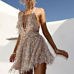 Deep V Neck Lace Sequin Jumpsuit Sexy Women strap Sleeveless Playsuit 2016 Vintage backless Romper Fashion Mode, Look Fashion, Pretty Dresses, Beautiful Dresses, Tiana Dress, Outfit Elegantes, Short Dresses, Prom Dresses, Dresses Uk