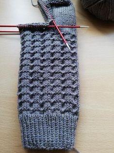 Easy Knitting, Knitting Socks, Knitting Needles, Knitting Patterns, Crochet Patterns, Pieces Of Eight, String Bag, Knit Crochet, Stitch