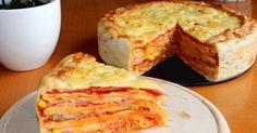 Mennyei Pizzatorta recept! Ez az étel nem kifejezetten a kalóriaszegény kategóriába tartozik, de aki szeretne egy igazán jót enni, az feltétlenül próbálja ki ezt a pizzatorta receptet! :)